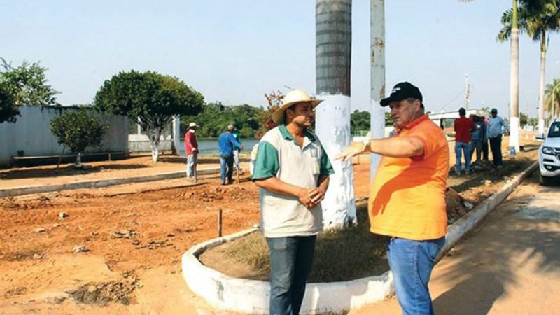 Asfalto da principal via pública de Pimenteiras é recuperado pela prefeitura