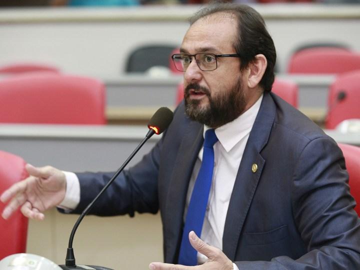 Presidente da ALE pede urgência na recuperação de estradas do Vale do Paraíso