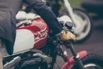 Porto Seguro Moto comemora Dia do Motociclista com shows, conteúdos e dicas aos clientes
