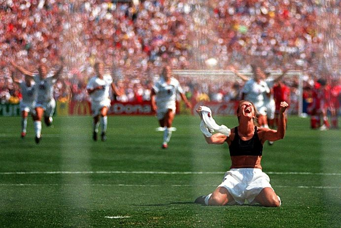 Brandi Chastain penalti mundial fútbol femenino 1999