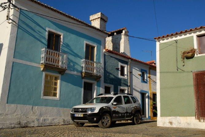 Rotas TT Dacia Duster -Tejo casa típica Beira Baixa