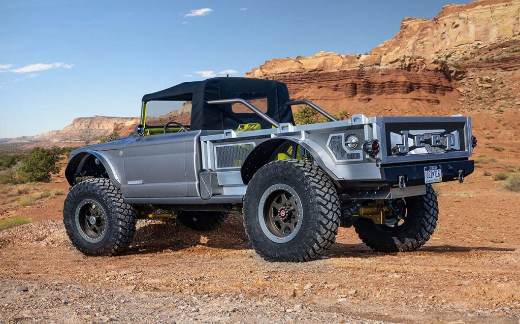 Jeep 5 quartos lado