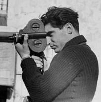 Endre Friedmann, 1937. Imagen tomada por Gerda Taro.