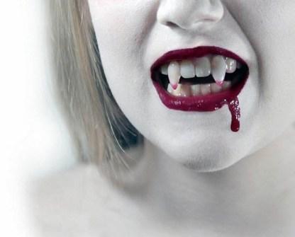 Maquillaje para Halloween de vampira sexy