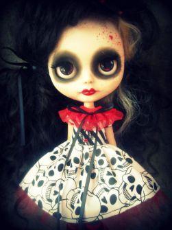 Blythe - Ropa Blythe para Halloween con calaveras