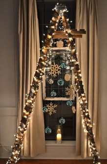 26 Árboles de Navidad Diferentes - Árbol de Navidad hecho con una escalera de mano