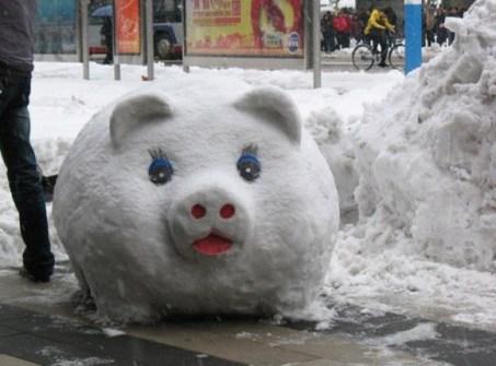Muñecos de Nieve Divertidos y Originales - Cerdito de la suerte