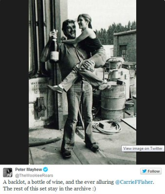 Fotos inéditas de Star Wars - Carrie Fisher con Peter Mayhew
