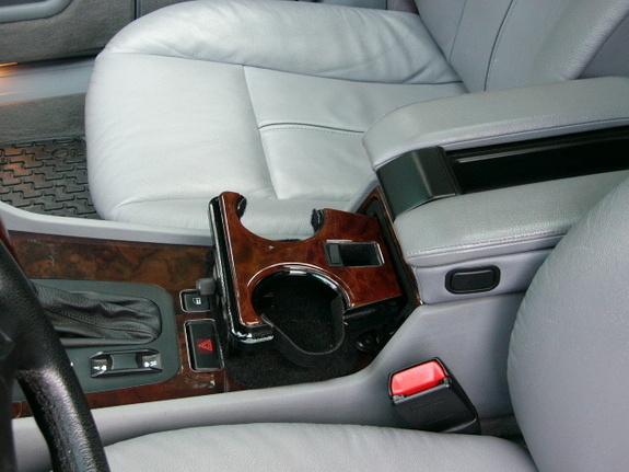Las 11 cosas que más Detestan los Zurdos - El reposa tazas del coche