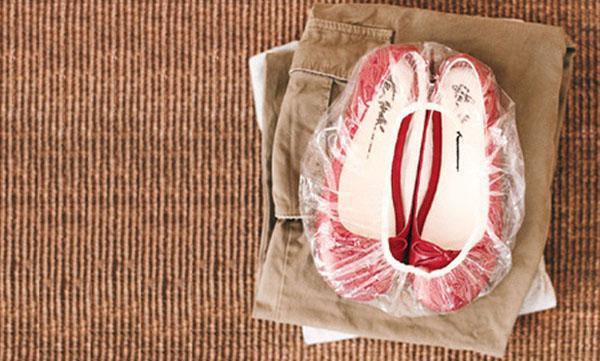 Trucos Caseros - Cómo guardar los zapatos para viajar