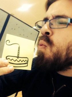 Máxima Creatividad en un pequeño Post-it - Happy Birthday