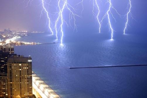 Fotos Increíbles en el Momento Justo - Seis rayos al mismo tiempo