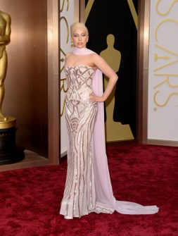 Las Peor Vestidas Oscar 2014 - Lady Gaga