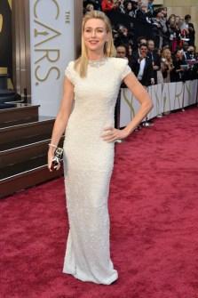 Las Peor Vestidas Oscar 2014 - Naomi Watts
