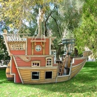 Los Mejores Patios Traseros - Barco Pirata