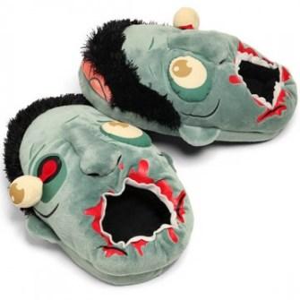 21 Gadgets Frikis que querrás para ti - Zapatillas Zombie