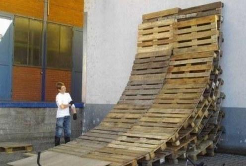 Inventos Caseros Rudimentarios que Realmente Funcionan - Rampa de Skate