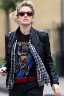 Celebrities con camisetas rockeras