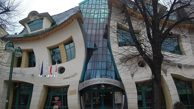 La casa Torcida. Polonia.