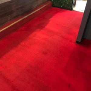スナックのカーペット(絨毯)クリーニング。