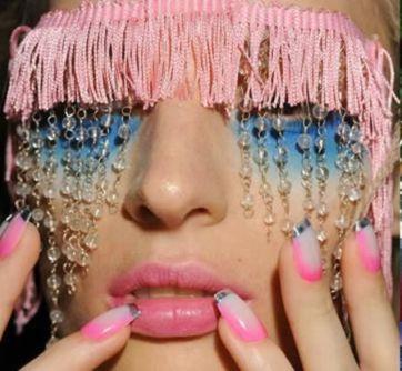 extreme_fashion_makeup_06