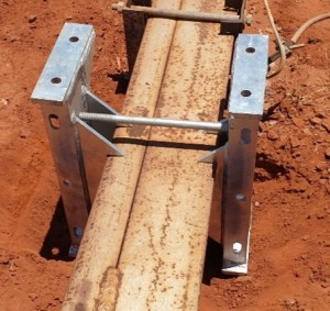 Horizon Power Rail Pole Bracket