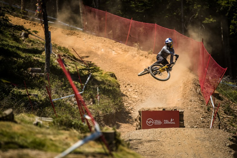 Finn Iles in Vallnord, Andorra // Boris Beyer