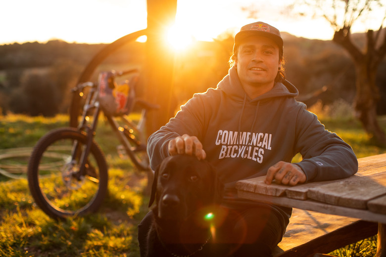 Commencal welcome Andreu Lacondeguy revolution