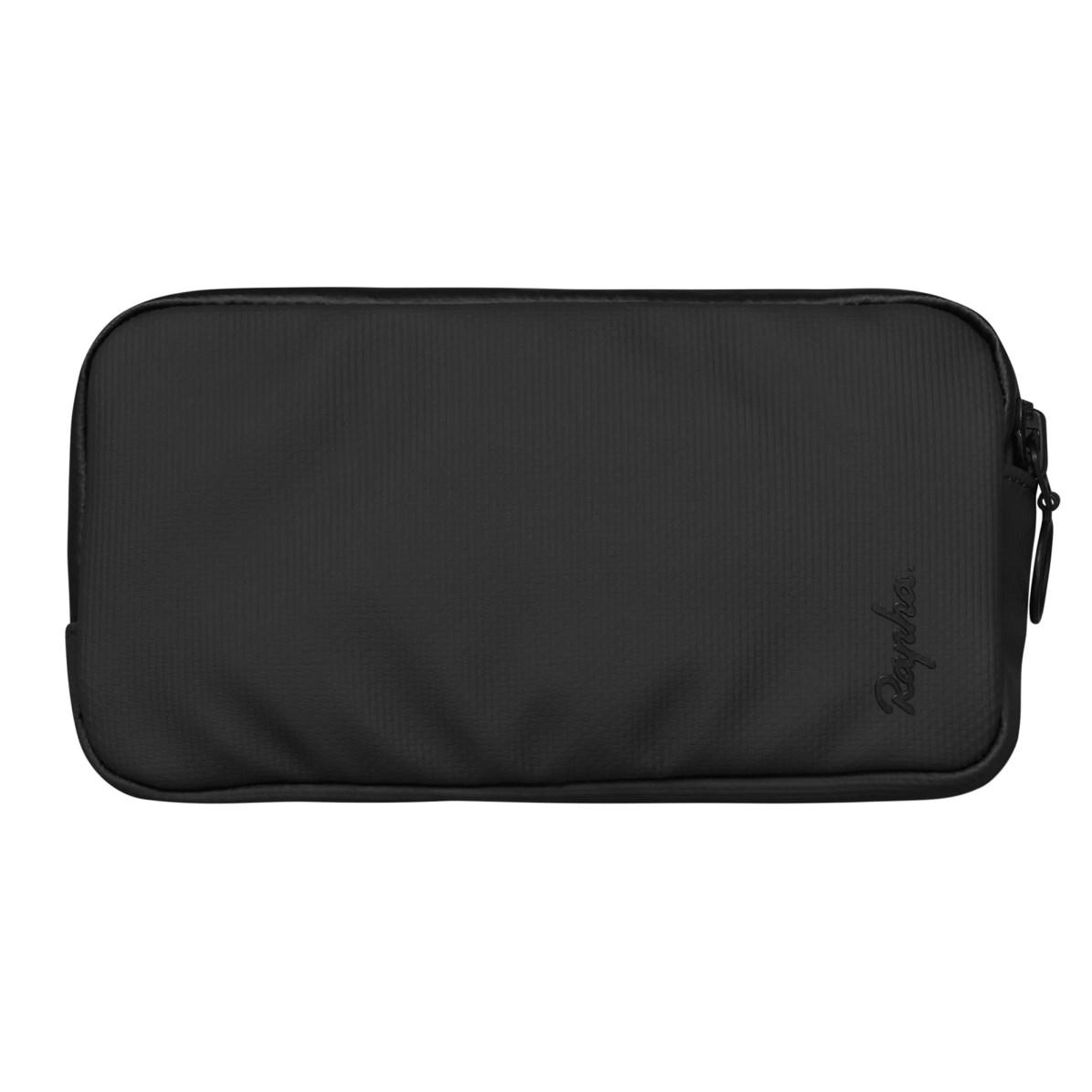 LEC05LR_BLK_H2-17_Luggage_Lightweight-Essentials-Case-Large_Black-1