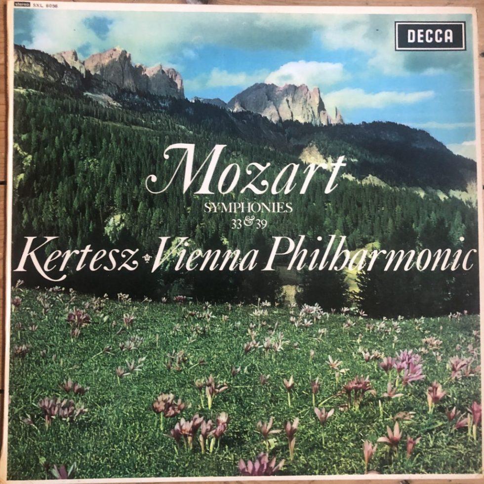 SXL 6056 Mozart Symphonies Nos. 33 & 39 / Kertesz / VPO W/B