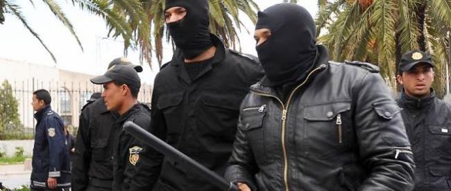 tunisie-repression-550450-jpg_377253_660x281.JPG