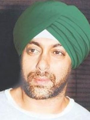 Which Bollywood Actor Look Cute In Sikh Avatar 4