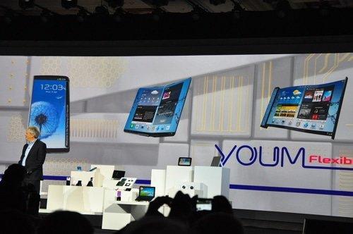 CES-2013-Samsung- Flexible-OLEDs