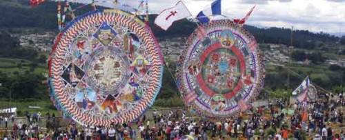 Día de los Muertos Giant Kites (photo Victoria Stone)