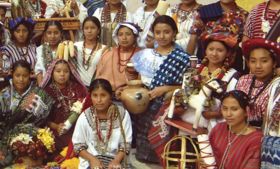 Contestants from the 2010 Rabin Ajau pageant in Cobán. (photo: Thor Janson)