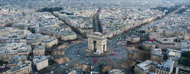 place de l'étoile à Paris vu d'en haut