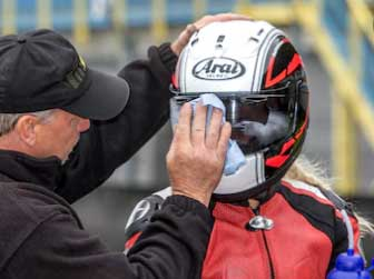 how to clean iridium visor