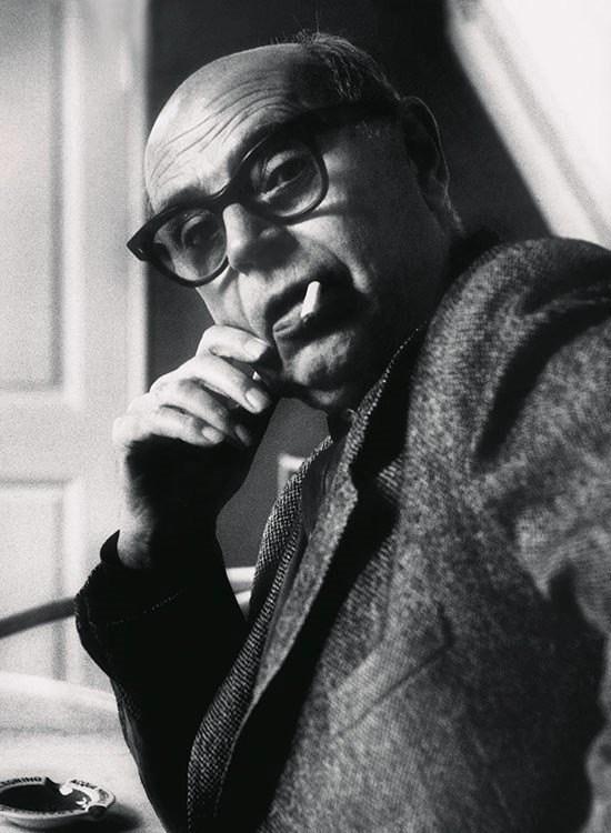 portrait of Poul Henningsen
