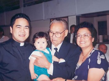 "Esteban ""Steve"" de los Reyes -- Me, Grandpa, my mom and my daughter,"