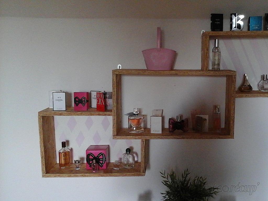 etagere bois pour parfums par nath