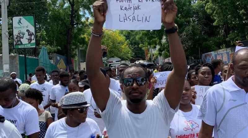 Une «fête des mères» sous la grogne populaire s'exprimant contre le viol des filles et l'insécurité en Haïti