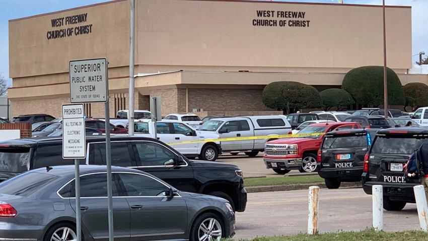 Deux morts, un blessé grave dans une fusillade dans une église texane