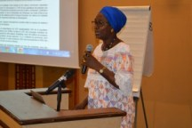 Mme Yassine Fall, Economiste, Présidente de l'Association sur la Pauvreté et les Droits Humains