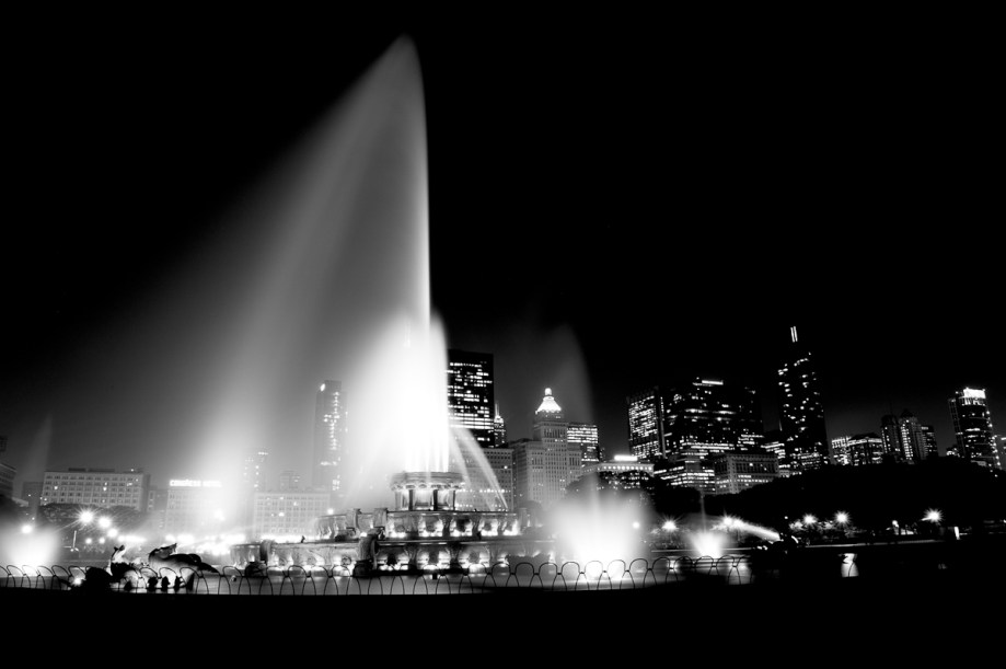 Buckingham Fountain by Angie McMonigal