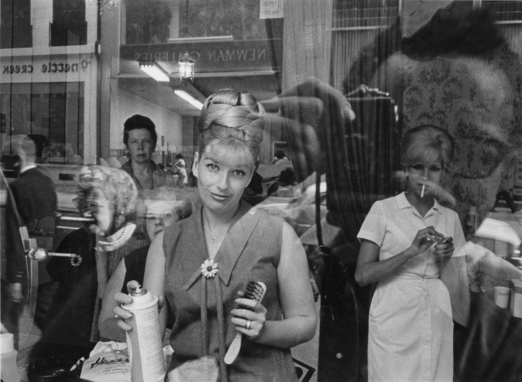 Beauty Parlor Window © Harold Feinstein
