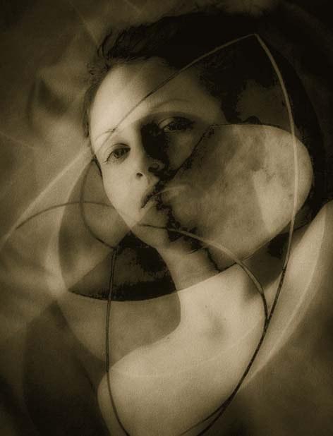 A Geometry of Discord © Josephine Sacabo
