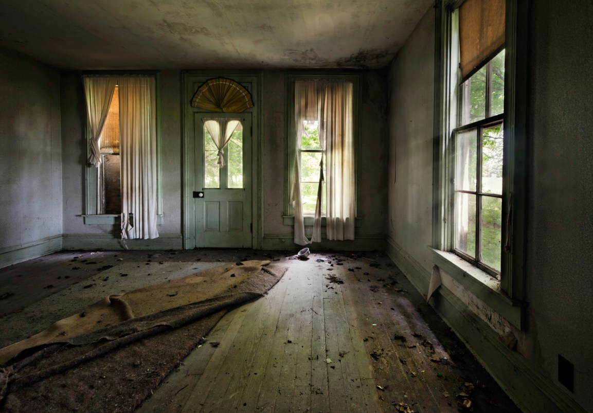 Living Room 7 © Jody Miller
