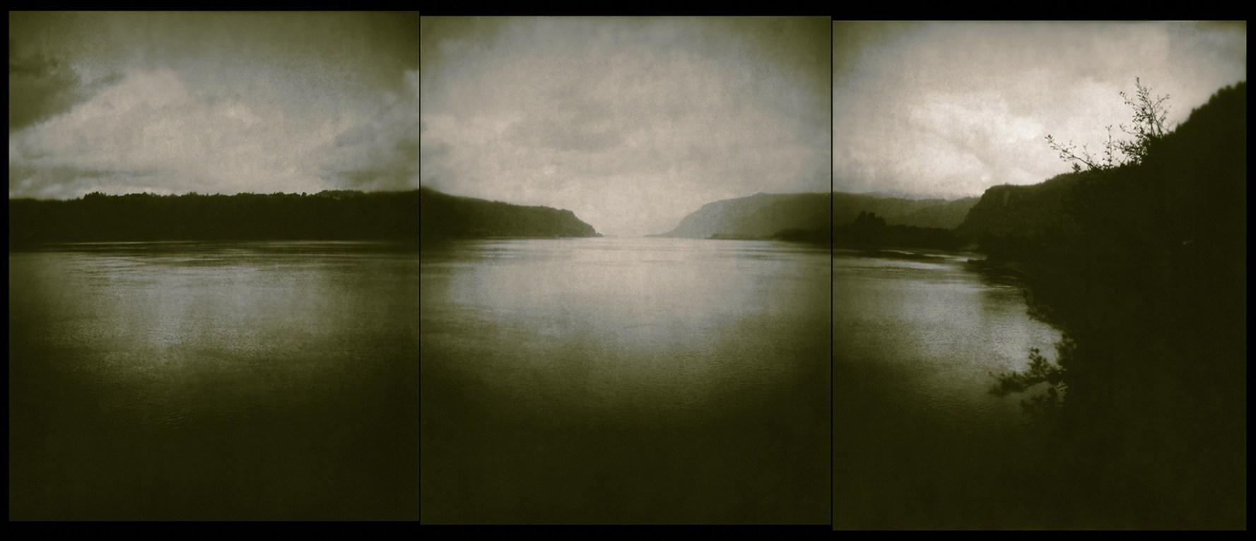 Columbia River © Chris Bennett