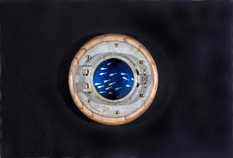 Porthole 6 © Ryan Zoghlin