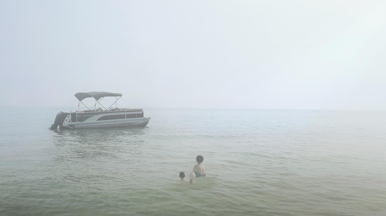 Pontoon Boat © Dominic Lippillo